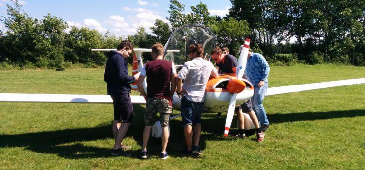 Uni-Tutorium in der Akaflieg: Flugleistungsvermessung